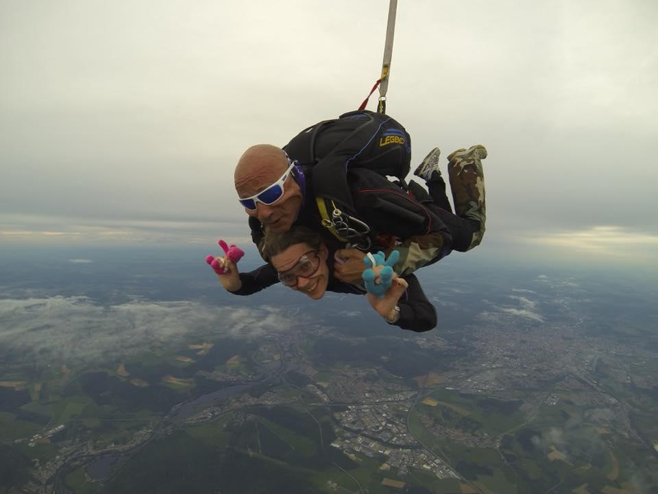 Nancy-parachute-2
