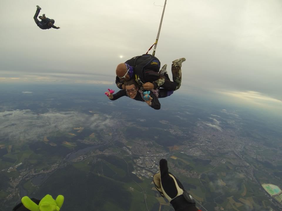 Nancy-parachute